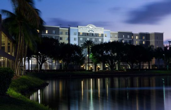 Exterior view Homewood Suites Miami Airport-Blue Lagoon