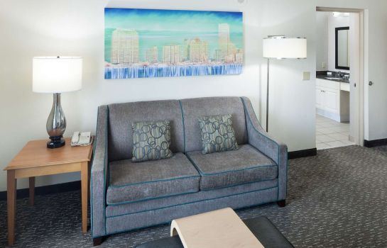 Zimmer Homewood Suites Miami Airport-Blue Lagoon