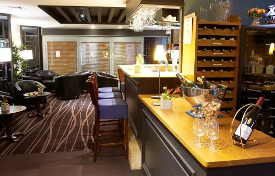Bar del hotel Kyriad - Beaune