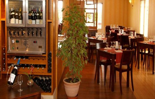 Restaurante Kyriad - Beaune