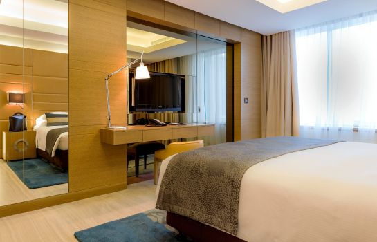 Suite Towers Rotana Dubai