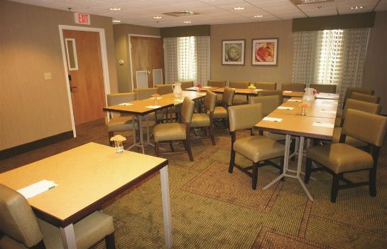 Conference room La Quinta Inn Ste Somerville La Quinta Inn Ste Somerville