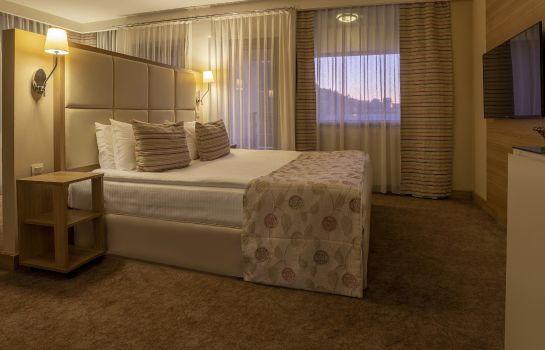 Suite Kaya Izmir Thermal & Convention