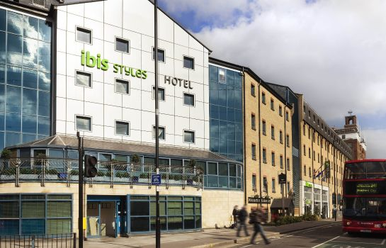 Vista esterna ibis Styles London Excel