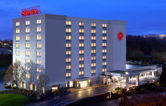 Exterior view Sheraton Pittsburgh Airport Hotel