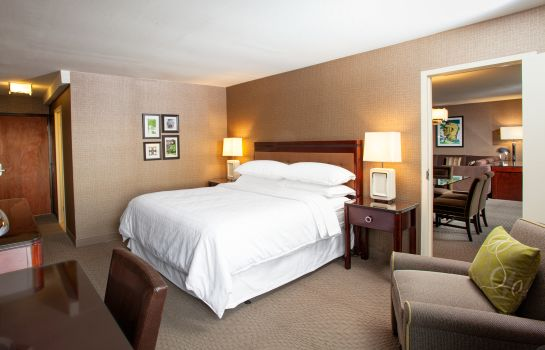 Room Sheraton Pittsburgh Airport Hotel