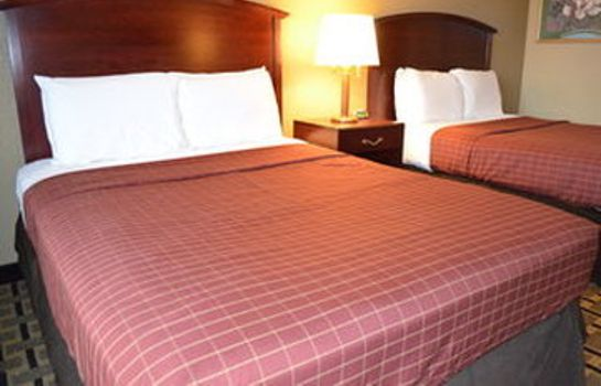 Kamers Rivertown Inn and Suites