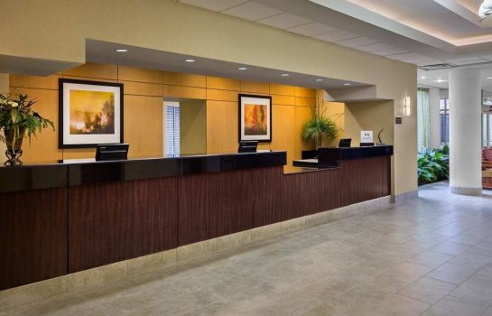 Hall Hilton Atlanta Perimeter Suites