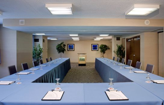 Conference room Four Points by Sheraton Detroit Metro Airport