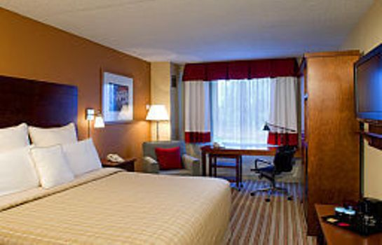 Room Four Points by Sheraton Detroit Metro Airport