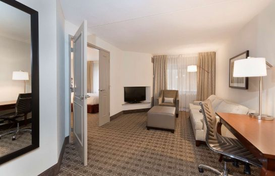 Zimmer DoubleTree Suites by Hilton Nashville Airport