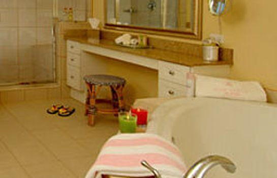 Cuarto de baño Pink Shell Beach Resort and Marina