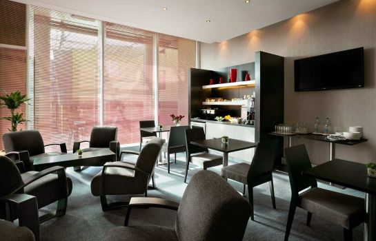 Bar de l'hôtel Hilton London Angel Islington