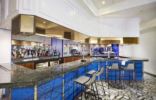 Hotelbar DoubleTree by Hilton Dartford Bridge