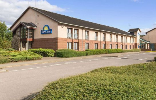 Exterior view Days inn Lockerbie Annandale Water