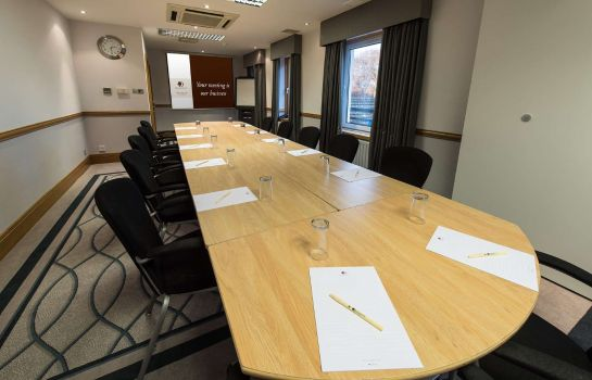 Conference room DoubleTree by Hilton Aberdeen Treetops