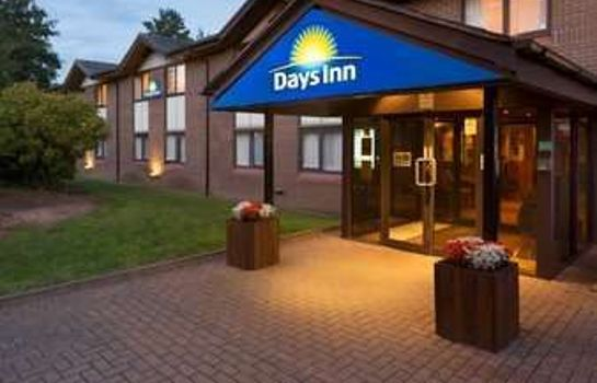 Exterior view Days Inn Taunton