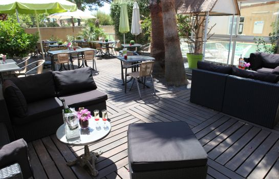 Terrasse Gil de France Contact Hotel