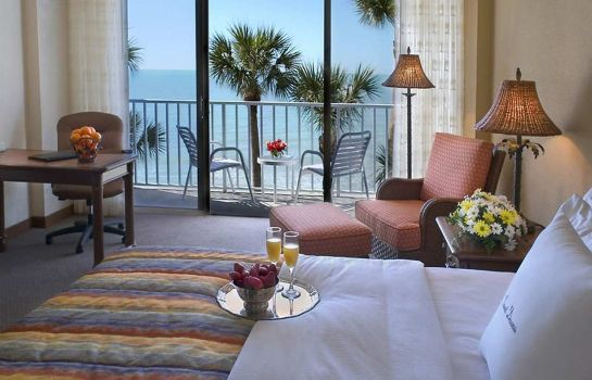 Zimmer DoubleTree Beach Resort by Hilton Tampa Bay - North Redingto