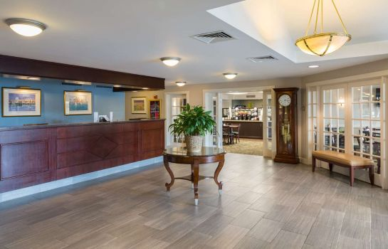 Hall Ramada by Wyndham Boston