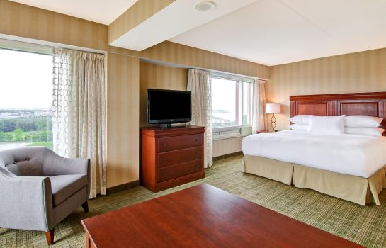 Suite DoubleTree Fallsview Resort - Spa by Hilton - Niagara Falls