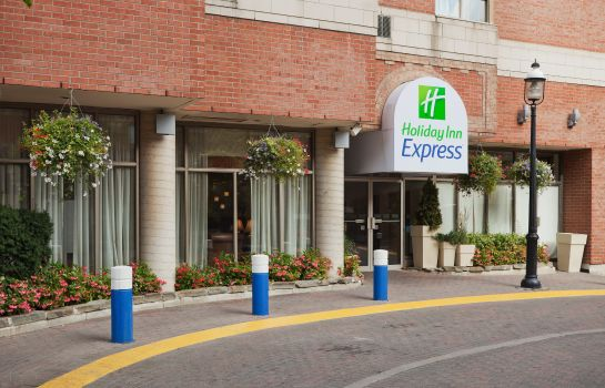Außenansicht Holiday Inn Express TORONTO DOWNTOWN