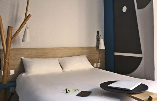 chambre standard ibis Styles Moulins Centre