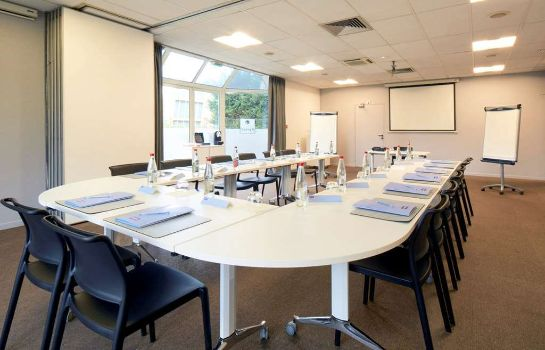 Conference room Kyriad Paris Ouest - Colombes