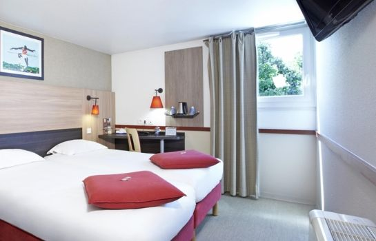 Chambre Kyriad Paris Ouest - Colombes