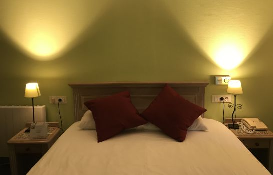 Double room (superior) Brit Hotel aux Sacres