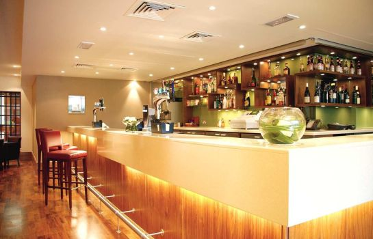 Hotel bar DoubleTree by Hilton Sheffield Park