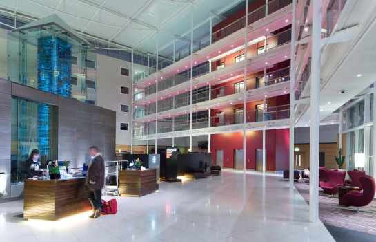 Empfang RADISSON BLU LONDON STANSTED