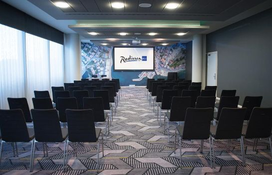 Salle de séminaires RADISSON BLU LONDON STANSTED