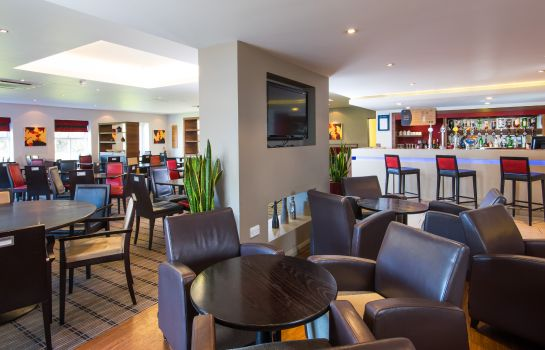Hall de l'hôtel Holiday Inn Express WARWICK - STRATFORD-UPON-AVON