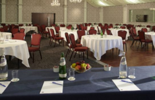 Conference room PLUS DUNFERMLINE CROSSFORD KEA