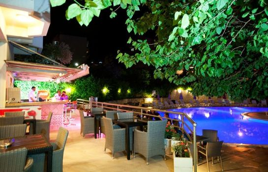 Bar hotelowy Marbel Hotel by Palm Wings