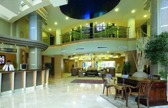 Hall Grand Cettia Hotel