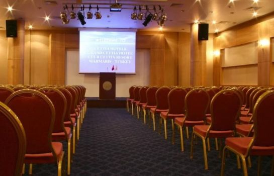 Conference room Grand Cettia Hotel