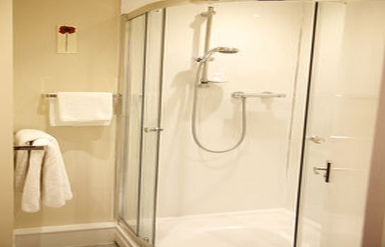 Bathroom Best Western Cresta Court Altrincham
