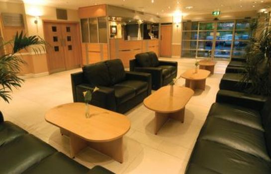 Reception Best Western Cresta Court Altrincham