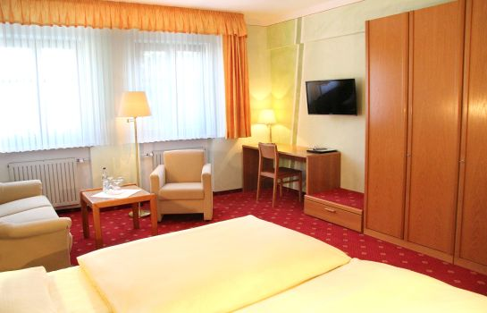 Triple room Goldener Schwan garni