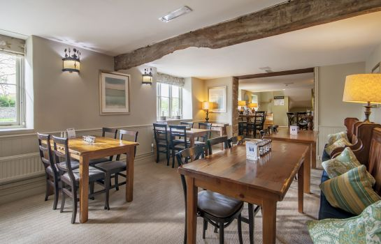 Bar de l'hôtel The Crown of Crucis Country Inn & Hotel Ampney Crucis