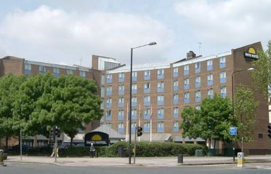 Buitenaanzicht Days Hotel London- Waterloo