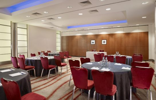 Conference room Park Plaza Victoria London