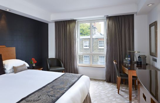Double room (standard) Park Plaza Victoria London