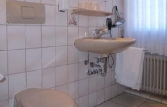 Bathroom Laube