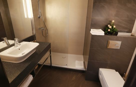 Bathroom Hotel Mercure Gdynia Centrum