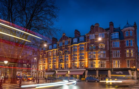 Exterior view Sloane Square