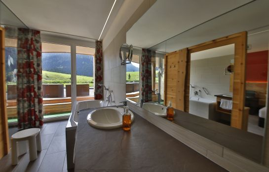 Suite Der Laterndl Hof Romantik Resort & Spa