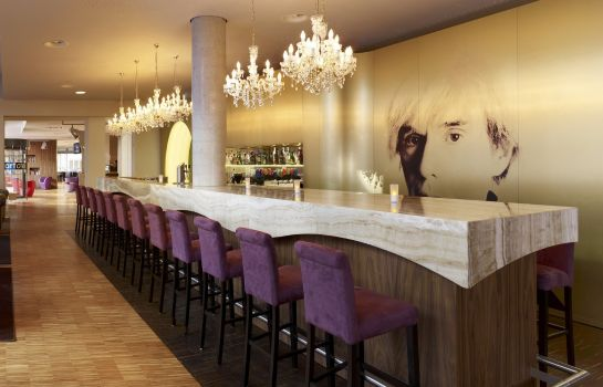 Bar hotelowy art'otel berlin kudamm by park plaza